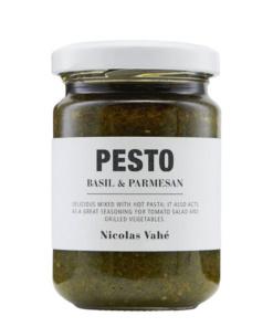 Pesto basil parmesan von Nicolas Vahe
